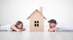 young-couple-dream-home-first-buyer