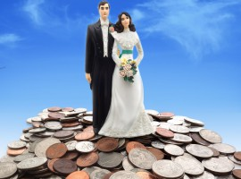 Tying the financial knot – 4 do's and don'ts of borrowing as a couple