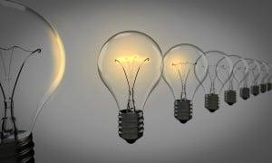 light-bulbs-1875384_19201