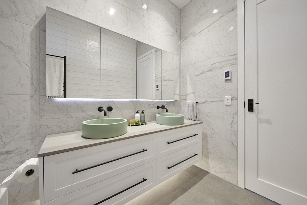 Rm5 Bedroom Bathroom Daniel Jade 130
