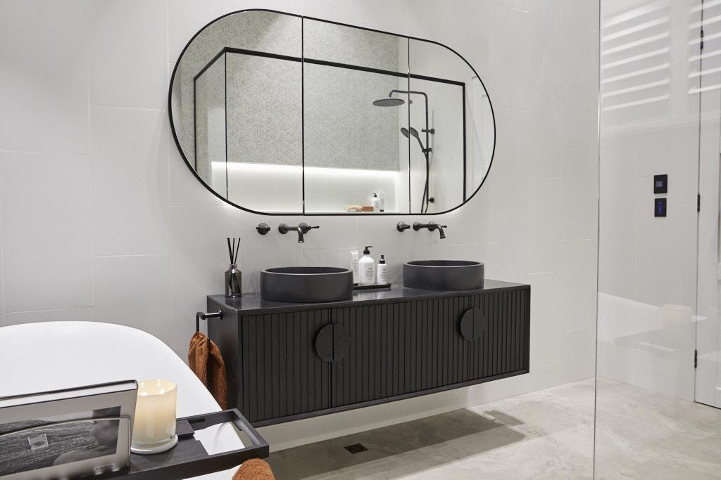Rm5 Bedroom Bathroom Sarah George 035